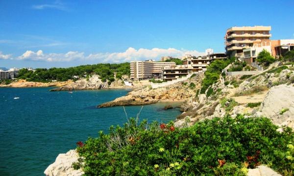 Пляжи курорта Коста-Дорада в Испании