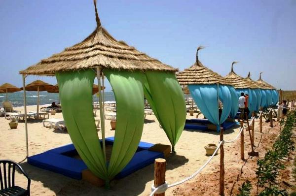 тунис погода по месяцам температура воды