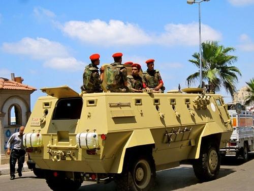 Военные на территории курорта