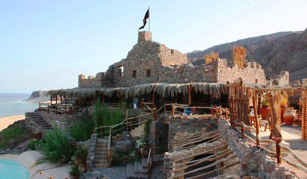 Экскурсии в замок Заман