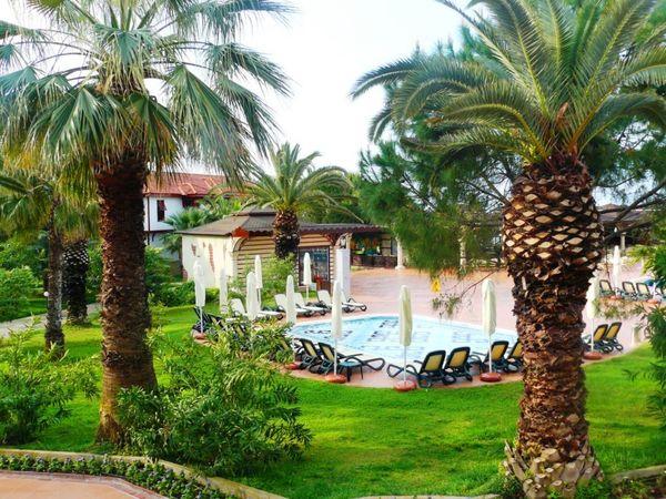 Отель Club Alibey Park в Турции