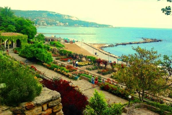 Черное море и прибрежная зона страны