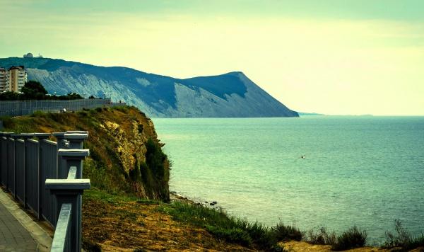 Скалистая прибрежная зона у Черного моря