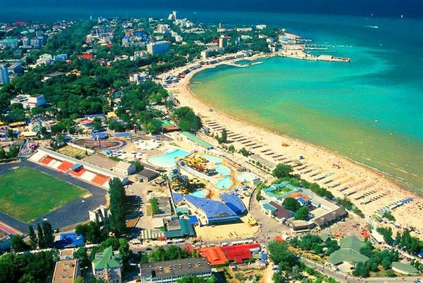 Вытянутый пляж в Анапа