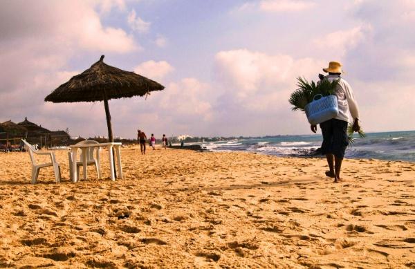 сколько лететь от москвы до джербы тунис