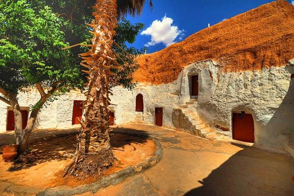 сколько лететь из москвы в монастир тунис