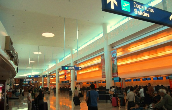 Аэропорт Канкун