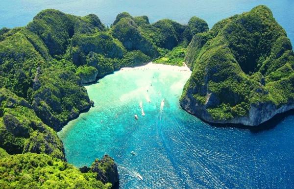 остров Пхи Пхи Лей в Тайланде