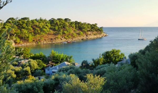 Греция, красивая бухта острова Тасос
