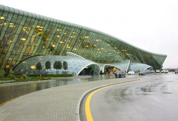 Новый международный аэропорт Баку