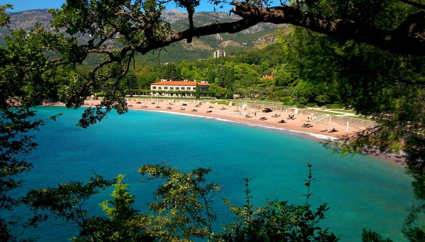 Пляж Милочер, Черногория