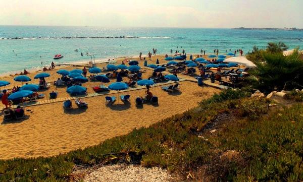Остров Кипр, курорт Пафос, общественный пляж