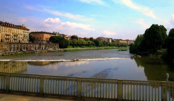 Итальянская республика, город с моста