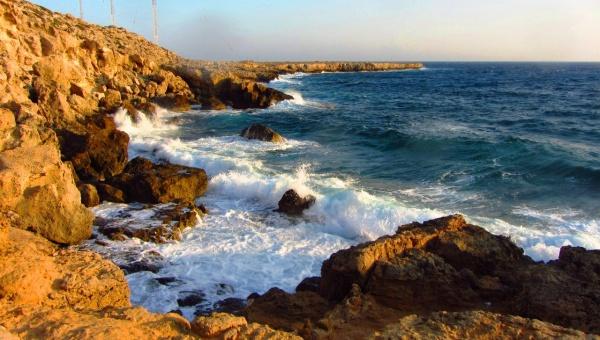 Дикие пляжи города Тоссы в Испании