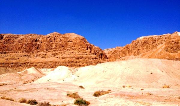 Пустыня от Иерусалима и до самого Красного моря прекрасна