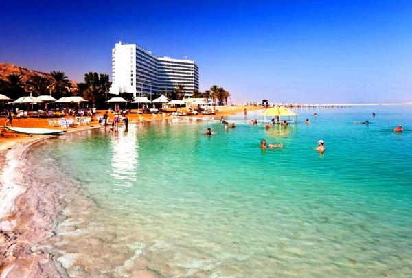 Лечебное Мертвое море, одно из самых соленых морей на земле, Израиль