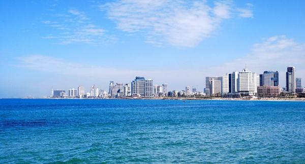 Тель-Авив на берегу Средиземного моря, Израиль