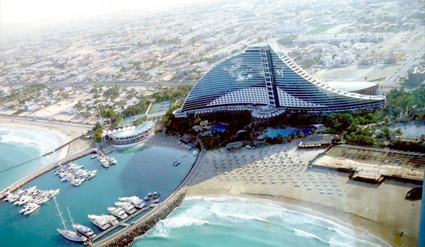 Пляж Jumeirah многие хотели там побывать