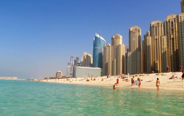 Дубай предлагает своим гостям великолепный отдых на пляжах