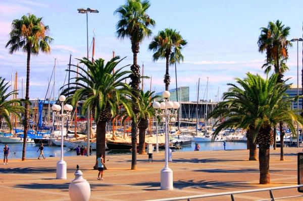 Набережная у порта Барселона