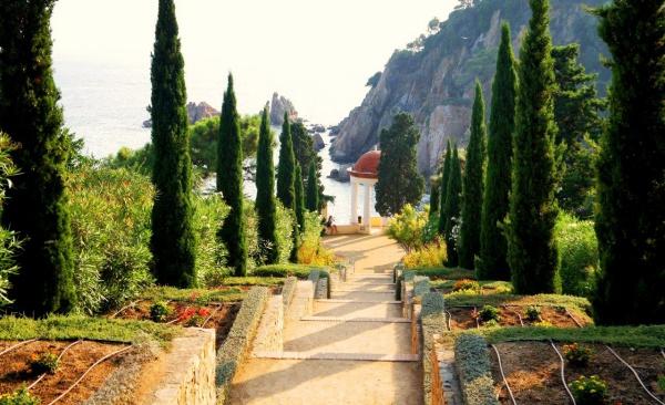 Ботанический сад в городе Бланес, Коста Брава