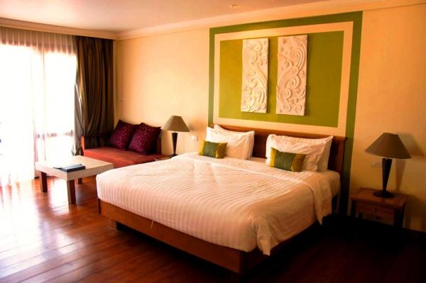Стильная гостиница с собственным пляжем - The Emerald Cove Koh Chang