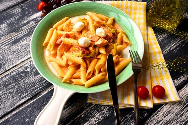 Блюдо из морепродуктов - порция пенне