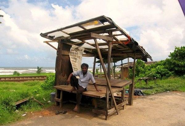 Остров Шри Ланка город Коломбо, некоторые места выглядят вот так ...