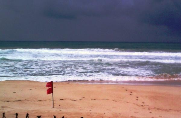 """Погода в Шри-Ланке непредсказуемая, потому """"ловите её волну"""""""