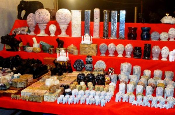 Сувениры ночного рынка