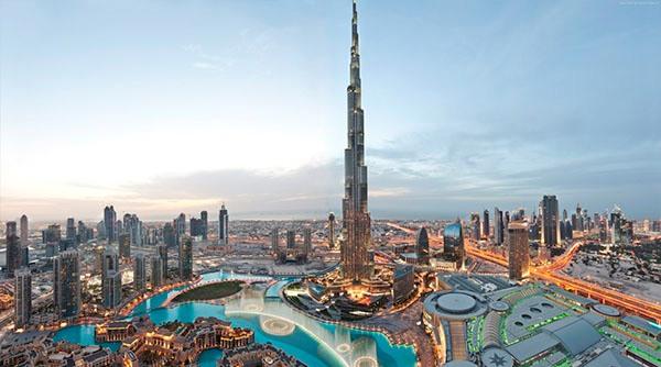 Дубай крупнейший город Объединённых Арабских Эмиратов