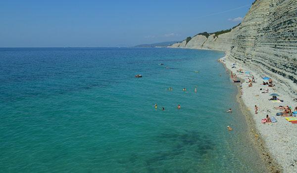 Открытое Черное море толстый мыс, Геленджик