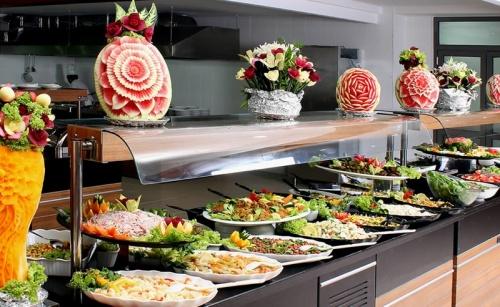 Шведский стол в Турции