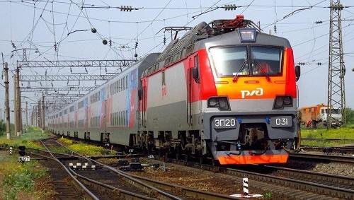 Двухэтажный поезд Москва-Адлер