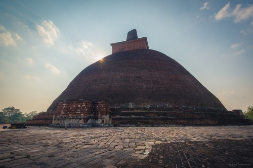 Анурадхапура — древняя столица и святой город