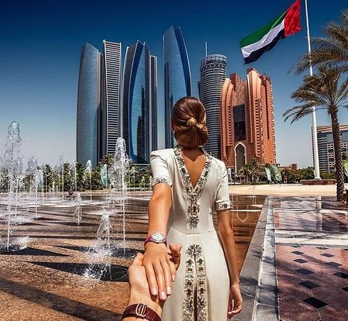 Виза в Арабские Эмираты для девушек