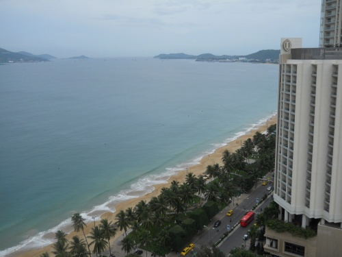 Вид из отеля на Нячанг