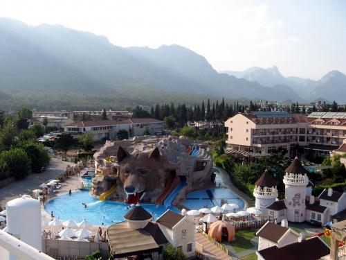 Вид из отеля в Кемере