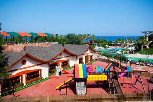 Шикарный отель Limak Limra Hotel Resort 5
