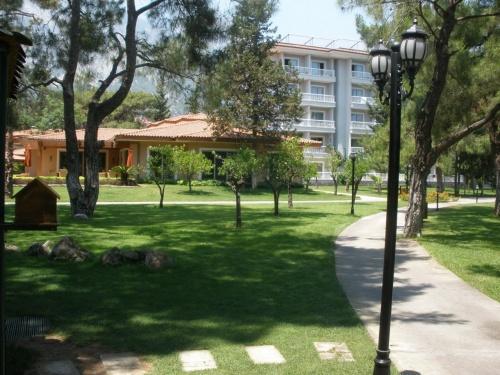 Отель Akka Antedon Hotel 5