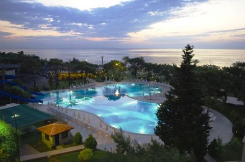 Красивый вид на отель Rixos Beldibi 5