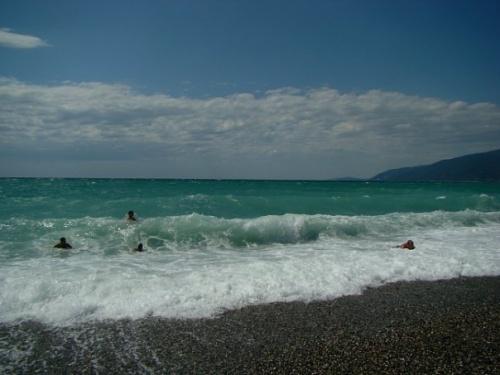 Пляж в Новой Гагре