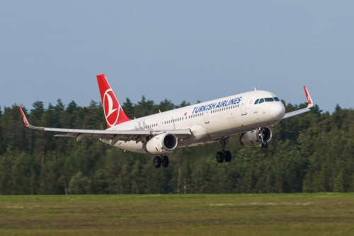 Самолет Turkish Airlines