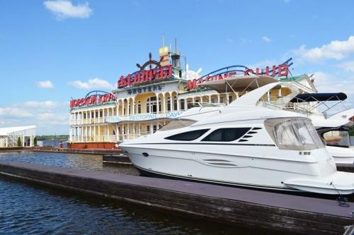 Яхт-клуб «Адмирал»